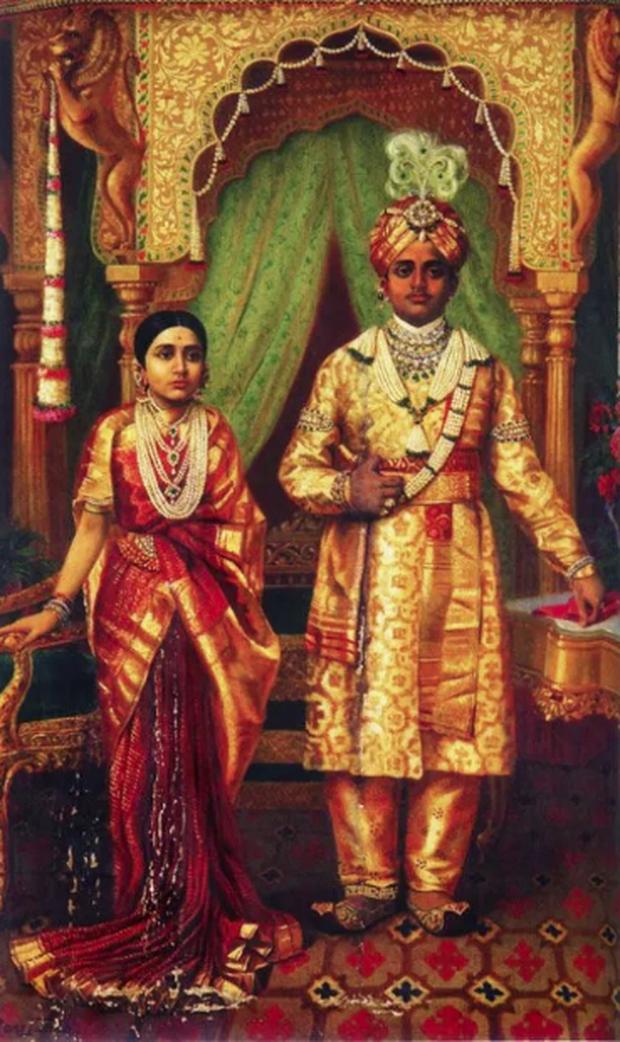 Lời nguyền hoàng gia đeo bám cả một gia tộc nổi tiếng suốt 400 năm và nàng dâu xinh đẹp bất ngờ phá giải mọi thứ - Ảnh 1.