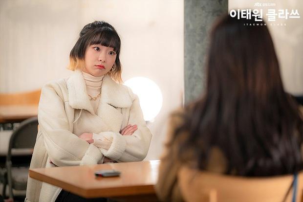 Review Tầng Lớp Itaewon: Các chị đại kình nhau cực gắt, càng xem càng choáng kế hoạch báo thù 15 năm của đầu gấu Park Seo Joon - Ảnh 6.