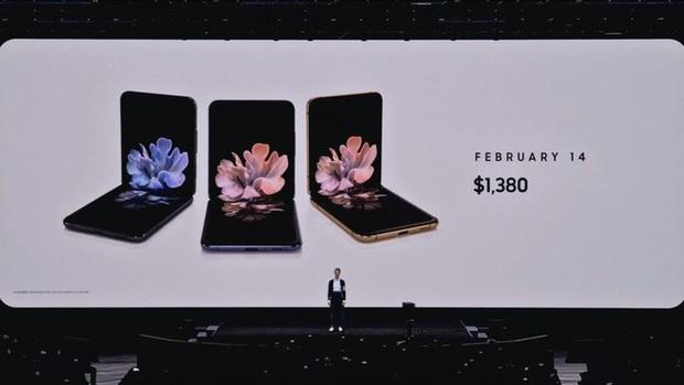 """Samsung đã thiết kế một cái """"bẫy bụi"""" đặc biệt cho Galaxy Z Flip, khẳng định bền hơn gấp nhiều lần Galaxy Fold - Ảnh 1."""