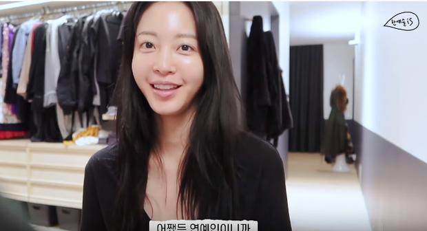 39 tuổi vẫn có làn da trẻ như gái đôi mươi, nào ngờ Han Ye Seul có thói quen skincare rất tai hại mà ai cũng nên tránh kẻo da xấu không lối thoát - Ảnh 6.