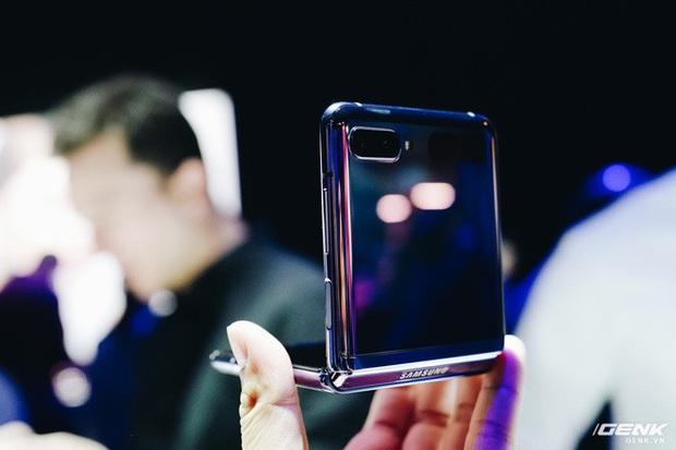 Báo chí quốc tế nói gì về Galaxy S20 và Z Flip: Kiến tạo tương lai, hiện thân tinh xảo và nhiều lời có cánh nữa - Ảnh 4.