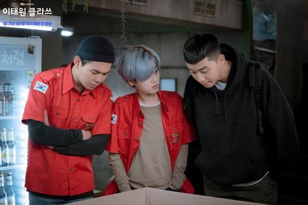 Giải mã từ Itaewon mới thấy Tầng Lớp Itaewon của Park Seo Joon quá thâm ngay từ tên phim - Ảnh 12.