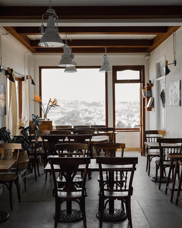Đà Lạt có nhiều quán cafe thật, nhưng tất cả đều xoay quay 4 phong cách này: Style nào cũng có cả núi ảnh đẹp mang về - Ảnh 15.
