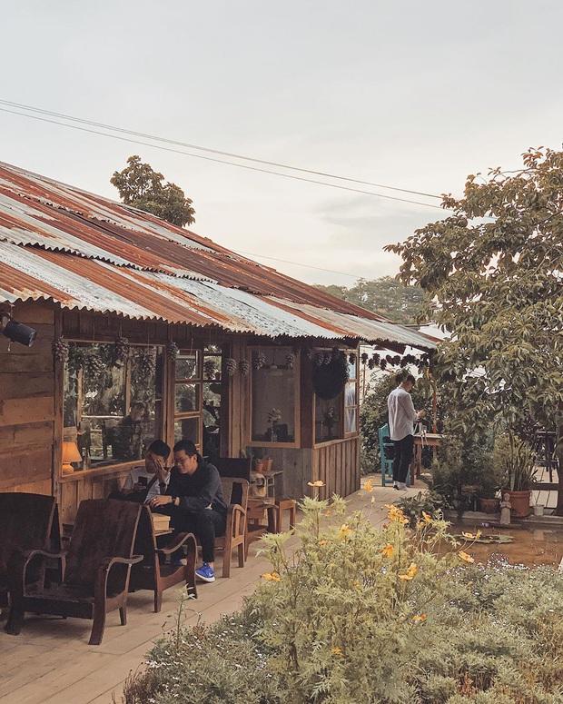 Đà Lạt có nhiều quán cafe thật, nhưng tất cả đều xoay quay 4 phong cách này: Style nào cũng có cả núi ảnh đẹp mang về - Ảnh 22.