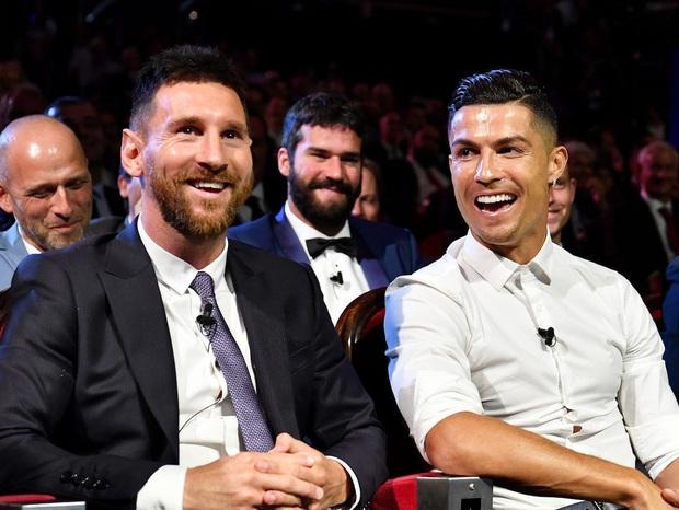 Đọc trộm nhật ký của Ronaldo khi Messi về chung đội - Ảnh 2.