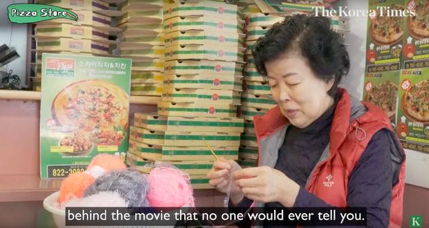 """Tiệm tạp hoá và tiệm bánh pizza trở thành… địa điểm du lịch hot nhờ bộ phim """"Kí Sinh Trùng"""", sau Oscar còn đông khách hơn nữa - Ảnh 11."""