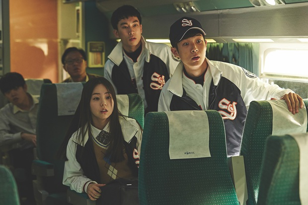 Gái hư bất cần Kim Da Mi của Tầng Lớp Itaewon: Từng cặp kè thầy Kelvin của Parasite, chị đại hành động thế hệ mới của điện ảnh Hàn - Ảnh 9.