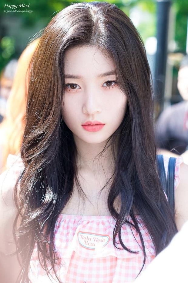 Top idol sở hữu đôi môi đẹp và hình dáng kỳ lạ hiếm Kpop: Toàn nam thần nữ thần, nhìn là biết xu hướng môi tại Hàn - Ảnh 16.