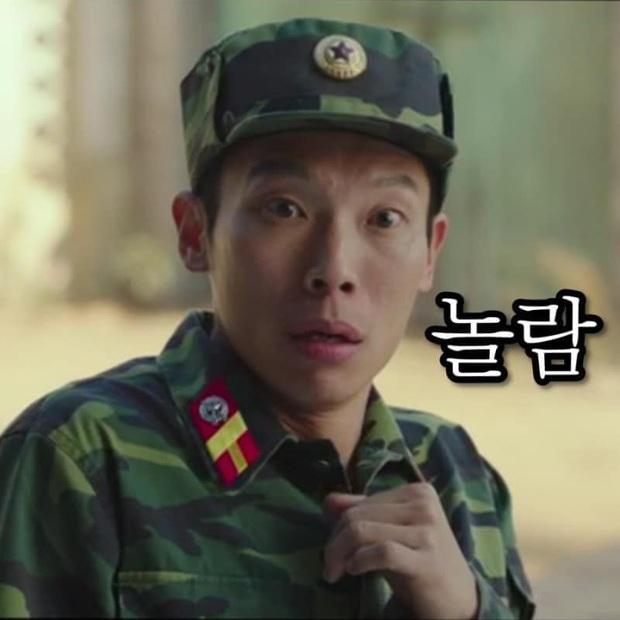 Lộ ảnh giường chiếu hạnh phúc phát hờn của đôi lính Triều Tiên ở Crash Landing On You - Ảnh 4.