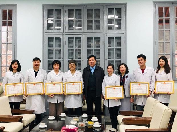 Việt Nam là 1 trong 4 quốc gia phân lập thành công Covid-19 - Ảnh 1.