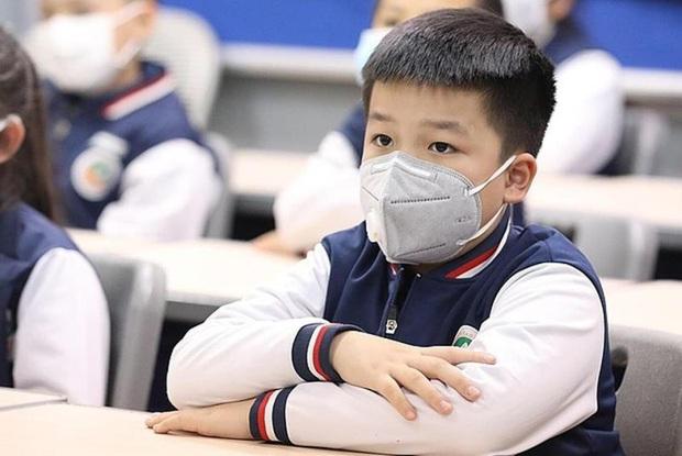 Bộ GD&ĐT: Địa phương không có dịch, học sinh có thể đi học trở lại - Ảnh 1.