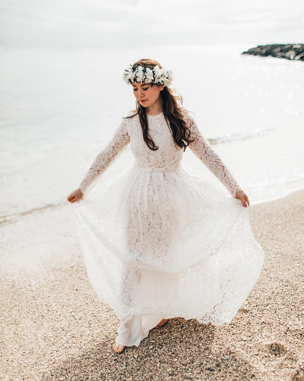 Mẫu váy cưới bán chạy nhất 2019: Mỗi ngày bán được 9 chiếc, khiến các cô dâu trên thế giới phát cuồng - Ảnh 1.