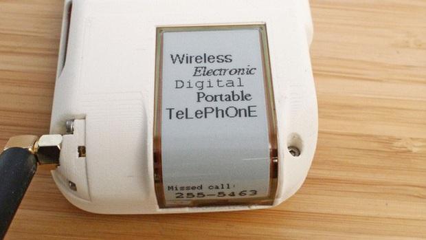 Chán smartphone, cô nàng nổi hứng tự chế điện thoại quay số đồ cổ lai tạp chuẩn xịn vintage - Ảnh 4.