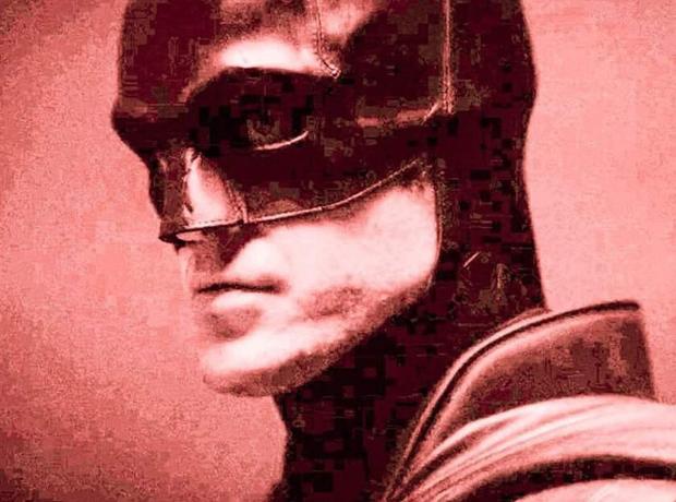The Batman Robert Pattinson lộ hàng ngay sáng Valentine, netizen lập tức cà khịa: Độ béo của con dơi tỉ lệ thuận theo thâm niên à? - Ảnh 4.