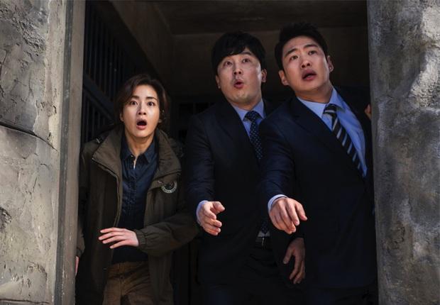 Review Sở Thú Thoát Ế: Mang theo bình oxy đề phòng cười nín thở, kịch bản đúng dị chỉ người Hàn mới nghĩ ra! - Ảnh 7.