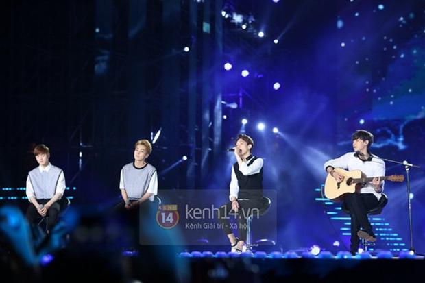Music Bank World Tour có thể sẽ trở lại Việt Nam sau 5 năm, chỉ bởi bức ảnh thoáng qua mà fan Kpop Việt được dịp chưng hửng - Ảnh 6.