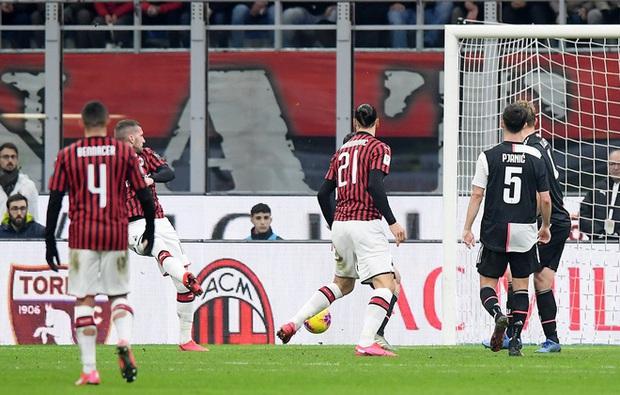 Ronaldo lập công phút bù giờ, cứu Juventus thoát khỏi trận thua trước AC Milan ở bán kết lượt đi Cúp Quốc gia Ý - Ảnh 6.