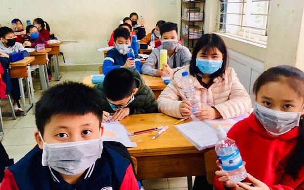 TP.HCM sẽ kiến nghị Chính phủ cho học sinh, sinh viên nghỉ hết tháng 3 - Ảnh 1.