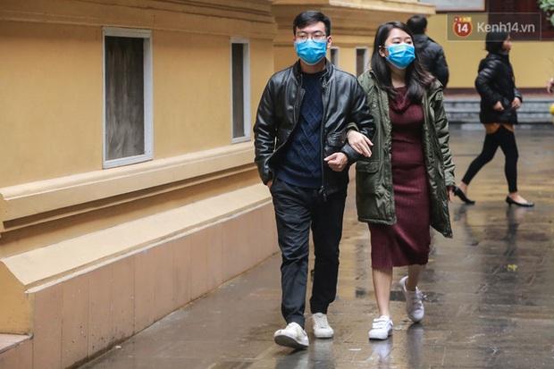 Nhiều trường ĐH rút lại thông báo trở lại trường từ ngày 17/2, tiếp tục cho sinh viên nghỉ học để phòng dịch Covid-19 - Ảnh 1.