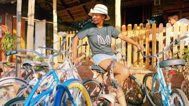 Tông cho phát bây giờ: Câu chuyện về thành phố kém xanh bậc nhất thế giới, nơi xe đạp bị kỳ thị gay gắt còn ô tô cũ nát ngập tràn - Ảnh 6.