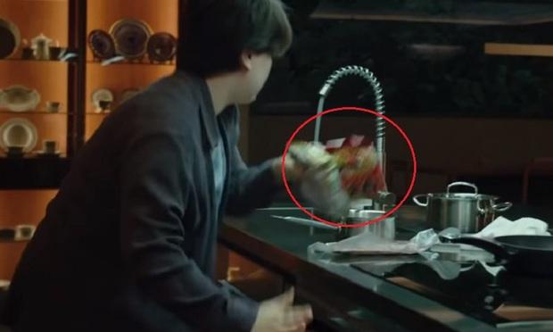 """Sau Oscar, dân mạng thế giới """"phát cuồng"""" với món mì bò trộn trong phim Parasite, cách làm đặc biệt khiến ai cũng muốn thử - Ảnh 2."""
