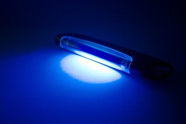 Máy sấy khô tay không thể giết chết virus Corona, đèn UV cũng vậy: WHO đính chính 7 hiểu lầm lớn xoay quanh COVID-19 - Ảnh 3.