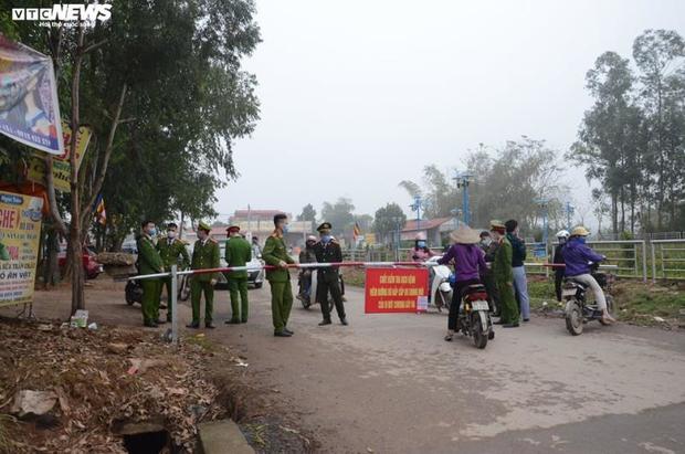 Thanh niên từ tâm dịch Sơn Lôi lên chơi nhà bạn gái ở Lai Châu, 13 người phải cách ly - Ảnh 1.