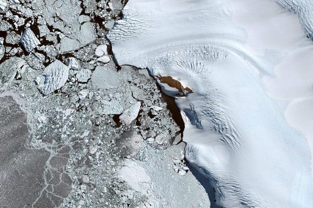 10 ảnh vệ tinh đẹp nao lòng từ Google Earth: Sự sắp đặt thần kỳ của tạo hóa xứng tầm tác phẩm triệu đô - Ảnh 4.