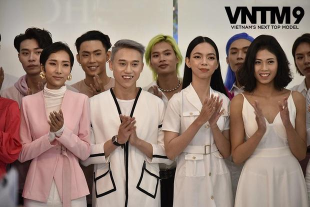 Vietnams Next Top Model: Bản sao Hoàng Thùy liên tục bị tố gian lận - Ảnh 1.
