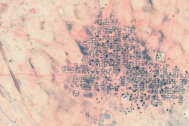 10 ảnh vệ tinh đẹp nao lòng từ Google Earth: Sự sắp đặt thần kỳ của tạo hóa xứng tầm tác phẩm triệu đô - Ảnh 10.