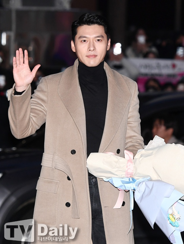 Xôn xao visual dàn sao Hạ cánh nơi anh ở tiệc mừng công: Son Ye Jin - Hyun Bin cân cả đèn flash, cast phụ bị dìm thê thảm - Ảnh 2.