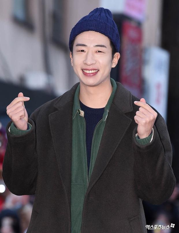 Xôn xao visual dàn sao Hạ cánh nơi anh ở tiệc mừng công: Son Ye Jin - Hyun Bin cân cả đèn flash, cast phụ bị dìm thê thảm - Ảnh 19.