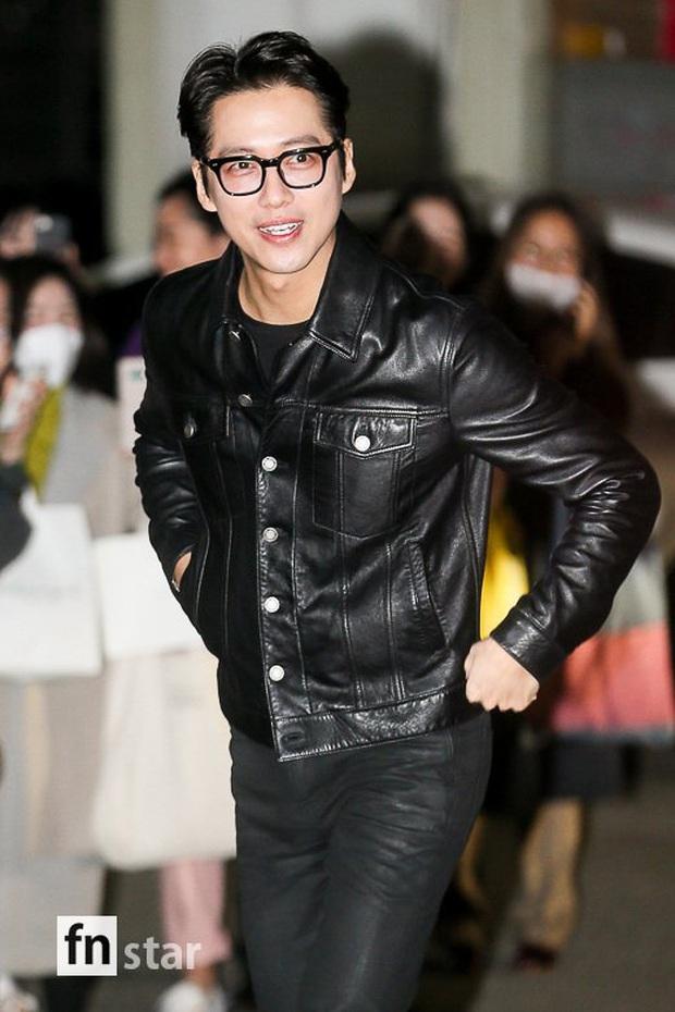 Xôn xao visual dàn sao Hạ cánh nơi anh ở tiệc mừng công: Son Ye Jin - Hyun Bin cân cả đèn flash, cast phụ bị dìm thê thảm - Ảnh 22.