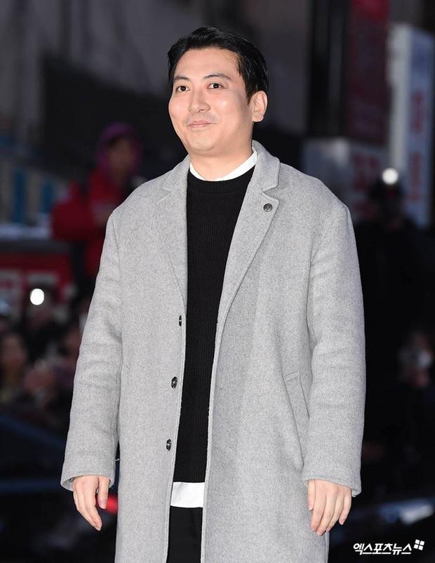 Xôn xao visual dàn sao Hạ cánh nơi anh ở tiệc mừng công: Son Ye Jin - Hyun Bin cân cả đèn flash, cast phụ bị dìm thê thảm - Ảnh 33.