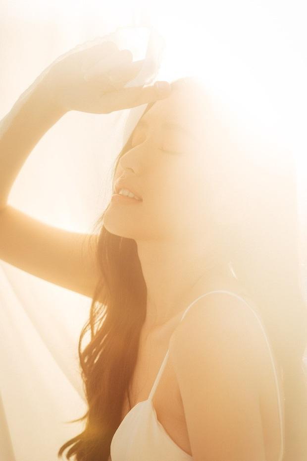 Streamer ChiChi khoe trọn thân hình nóng bỏng mắt trong bộ ảnh Sexy cùng nắng làm fan chao đảo - Ảnh 16.