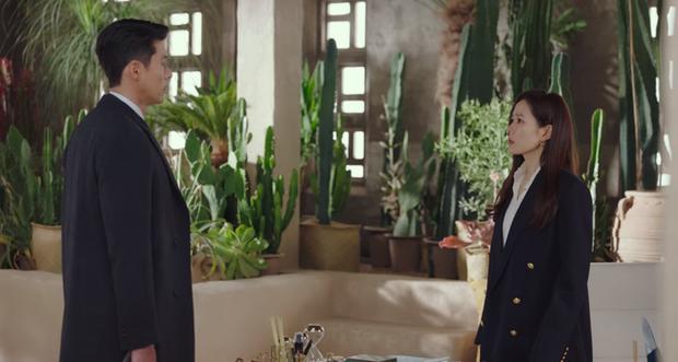 Blazer chính là chìa khóa giúp style của Son Ye Jin ánh lên vẻ thượng lưu, quý tộc trong Crash Landing On You - Ảnh 6.
