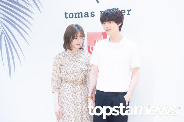 Sao đã kết hôn đứng cạnh đồng nghiệp khác giới: Lee Byung Hun tránh Suzy như tránh tà, Dương Mịch thả thính dàn trai đẹp - Ảnh 15.