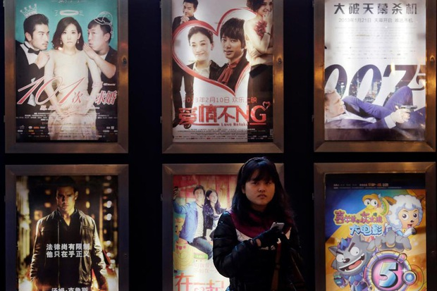 Điện ảnh xứ Trung thiệt hại 34 nghìn tỷ mùa dịch, hơn 70 ngàn rạp chiếu phải đóng cửa - Ảnh 1.
