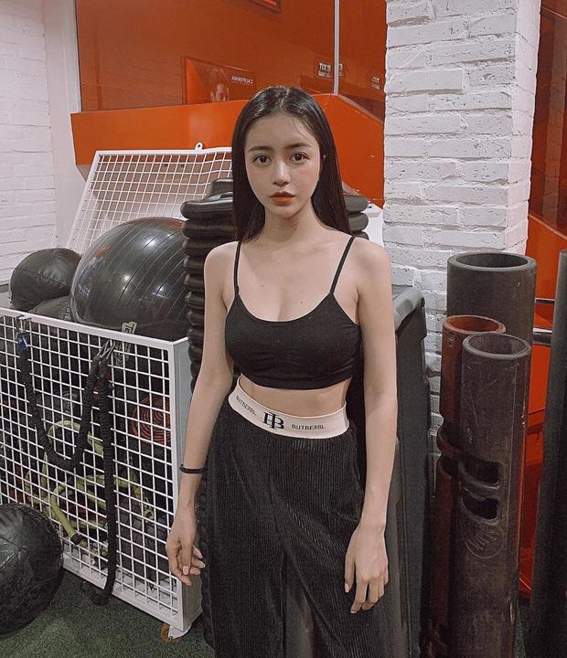 Nhìn mà thèm vòng eo siêu thực của hội hot girl: Võ Ngọc Trân, Linh Ka hay Hàn Hằng - ai mới thật sự bén như cái chén? - Ảnh 23.