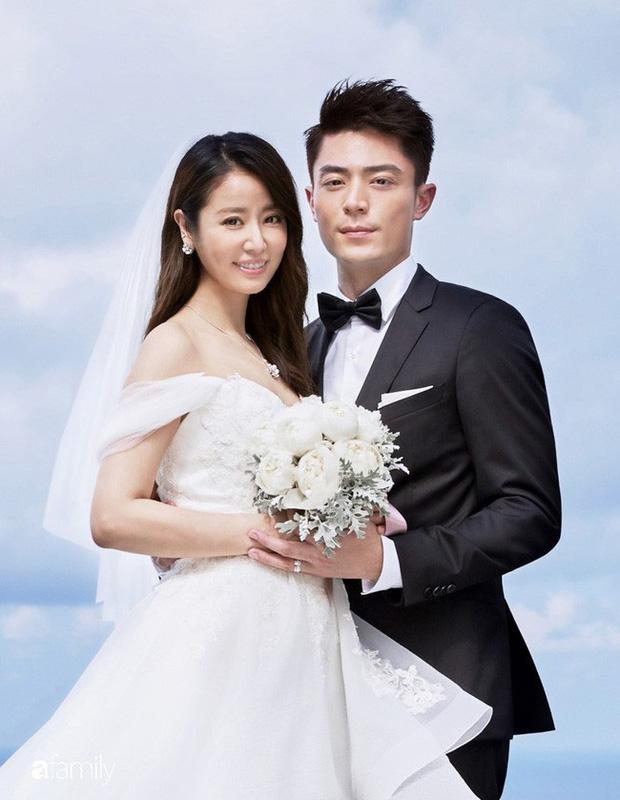 Sao đã kết hôn đứng cạnh đồng nghiệp khác giới: Lee Byung Hun tránh Suzy như tránh tà, Dương Mịch thả thính dàn trai đẹp - Ảnh 17.