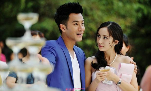 Sao đã kết hôn đứng cạnh đồng nghiệp khác giới: Lee Byung Hun tránh Suzy như tránh tà, Dương Mịch thả thính dàn trai đẹp - Ảnh 28.