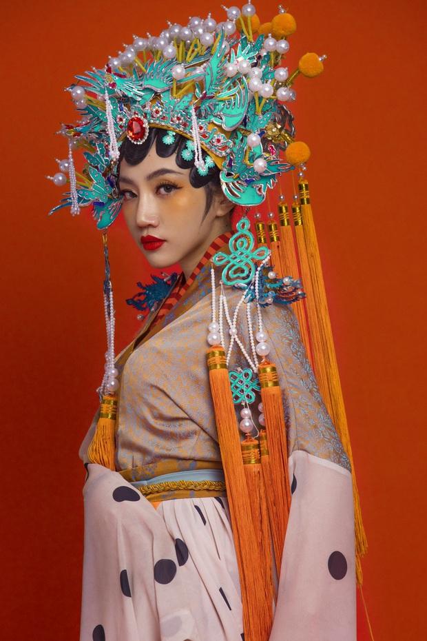 Thuyết âm mưu: hóa ra Fung La mưu sát Orange để được đóng vai Bạch Liên, vở kịch trên sân khấu của Chân Ái chính là Tự Tâm? - Ảnh 3.