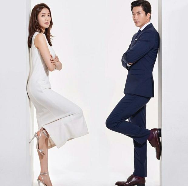 Rò rỉ bức ảnh ngàn năm có một thời mới hẹn hò của Kwon Sang Woo và vợ Hoa hậu: Bảo sao đến giờ vẫn viên mãn! - Ảnh 3.