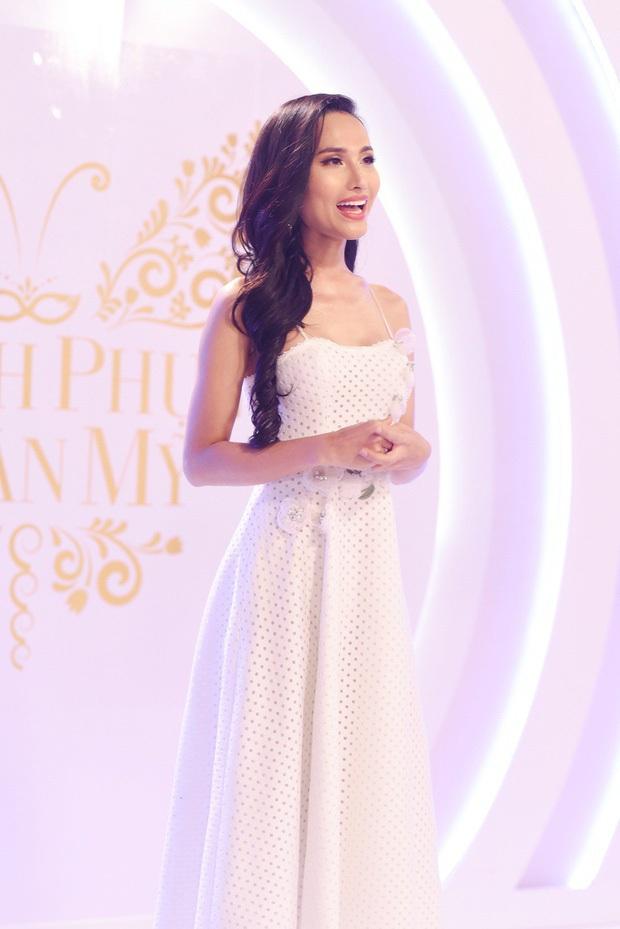 Hoài Sa từng bị Hương Giang loại thẳng tay trước khi đại diện Việt Nam tại Miss International Queen 2020 - Ảnh 5.