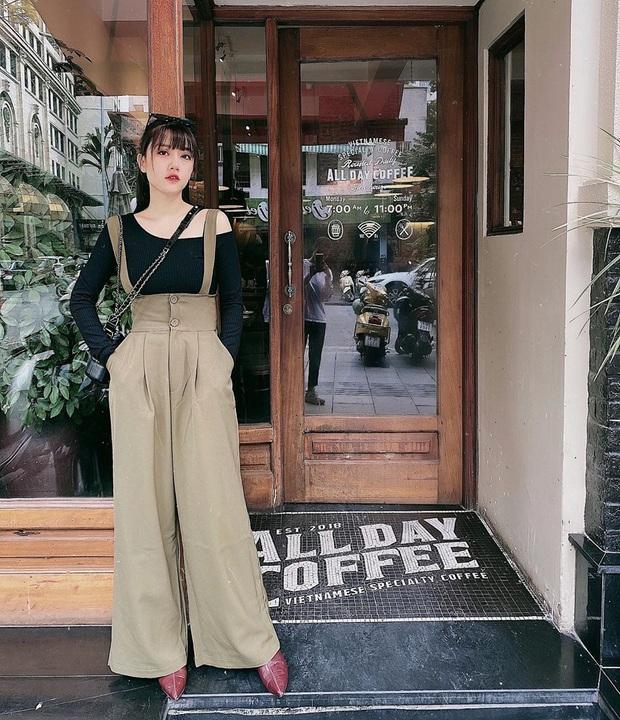 Street style hội sành mặc Instagram: Quần ống rộng càn quét mọi mặt trận, ai diện chân cũng dài đến nách - Ảnh 1.