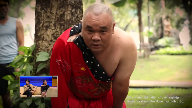 """Hari Won, Võ Hoàng Yến ôm nhau khóc thét xem """"dị nhân"""" dùng đầu """"cân"""" chiếc xe tải 5 tấn - Ảnh 3."""