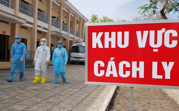 2 vợ chồng giáo viên từ tâm dịch Covid-19 ở xã Sơn Lôi về Nam Định được cách ly - Ảnh 1.