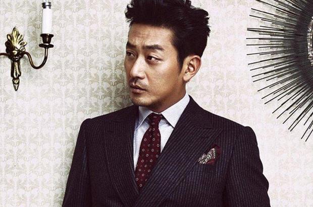 SỐC: Tài tử Thử thách thần chết Ha Jung Woo bị vạch trần hành vi dùng chất cấm Propofol, lợi dụng em trai để trốn tội - Ảnh 1.