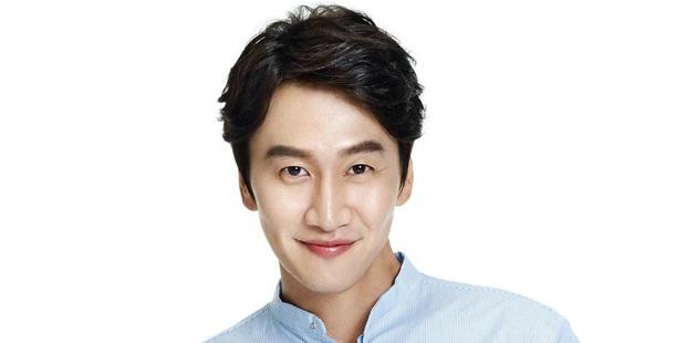 Nóng: Lee Kwang Soo ngừng quay Running Man để phẫu thuật vì gặp tai nạn xe hơi - Ảnh 1.