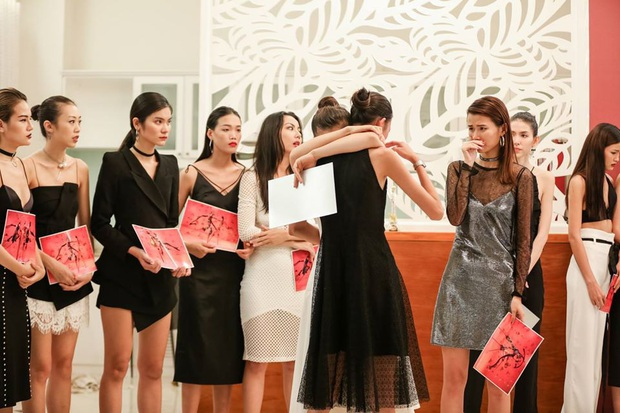 Bị loại đầu tiên, em út Vietnams Next Top Model: All Stars đã chứng minh ban giám khảo sai lầm khi trúng đến 4 show tại Luân Đôn - Ảnh 4.